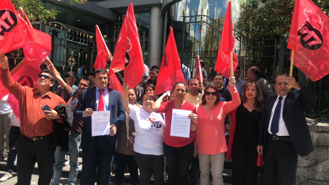 Dirigentes socialistas solicitan a controlaría que audite el fondo partidario que recibió el partido socialista los últimos 8 años.