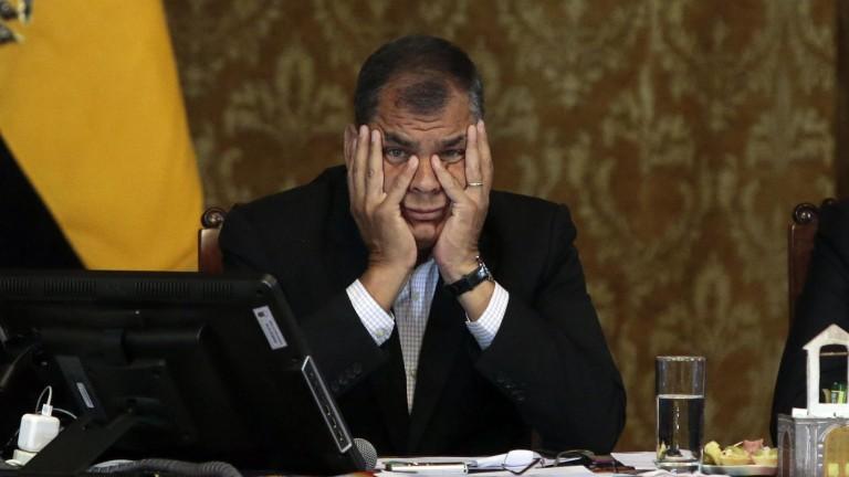 Ex presidente prófugo Rafael C. fue acusado por asociación ilícita y secuestro