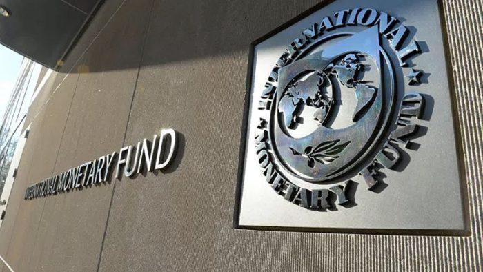 Ajuste fiscal en Ecuador. Disyuntiva difícil: gradualismo o ajuste fiscal fondomonetarista