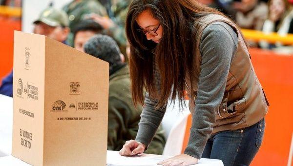 Elección del Consejo de Participación Ciudadana y Control Social, las élites políticas y el voto nulo, falsos debates y falsas promesas.